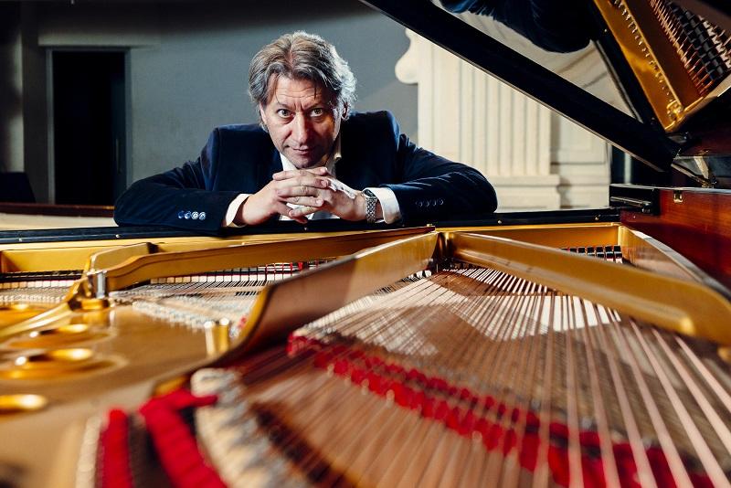 Julio Mazziotti, Talento y generosidad