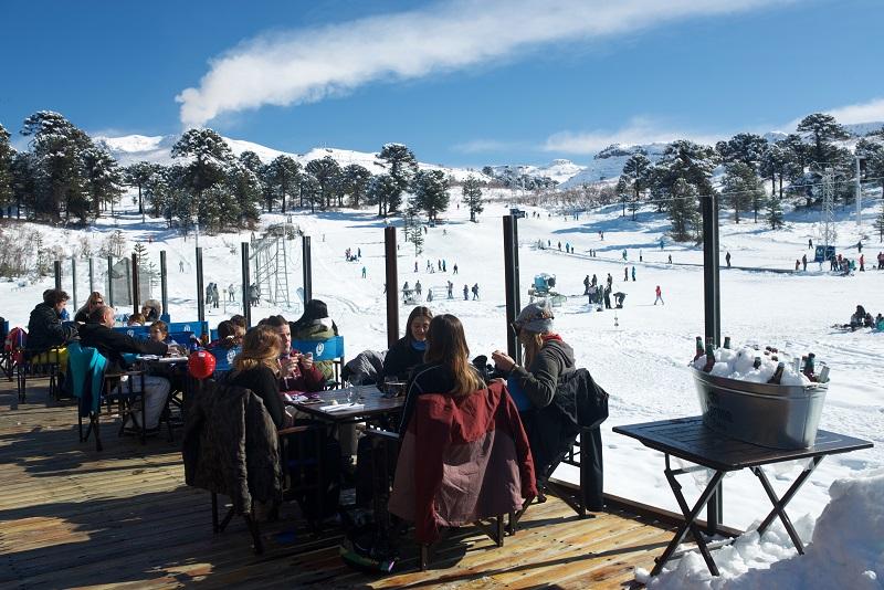 Cerro Caviahue Ski Resort,  Ideal para aprender a esquiar en familia