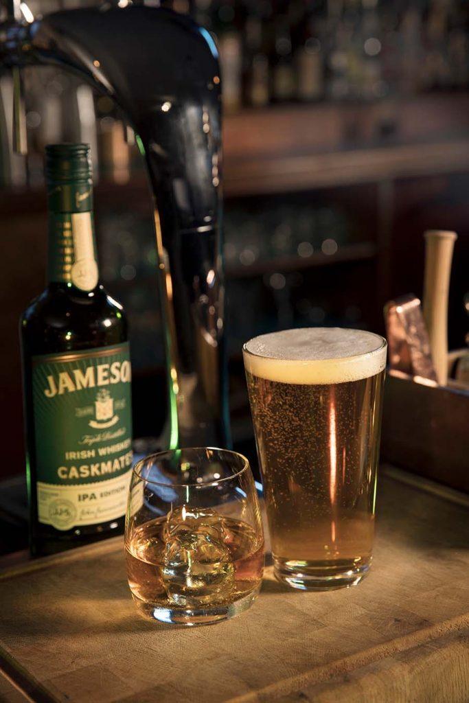 Whiskey con cerveza, una tradición que se instala en San Patricio
